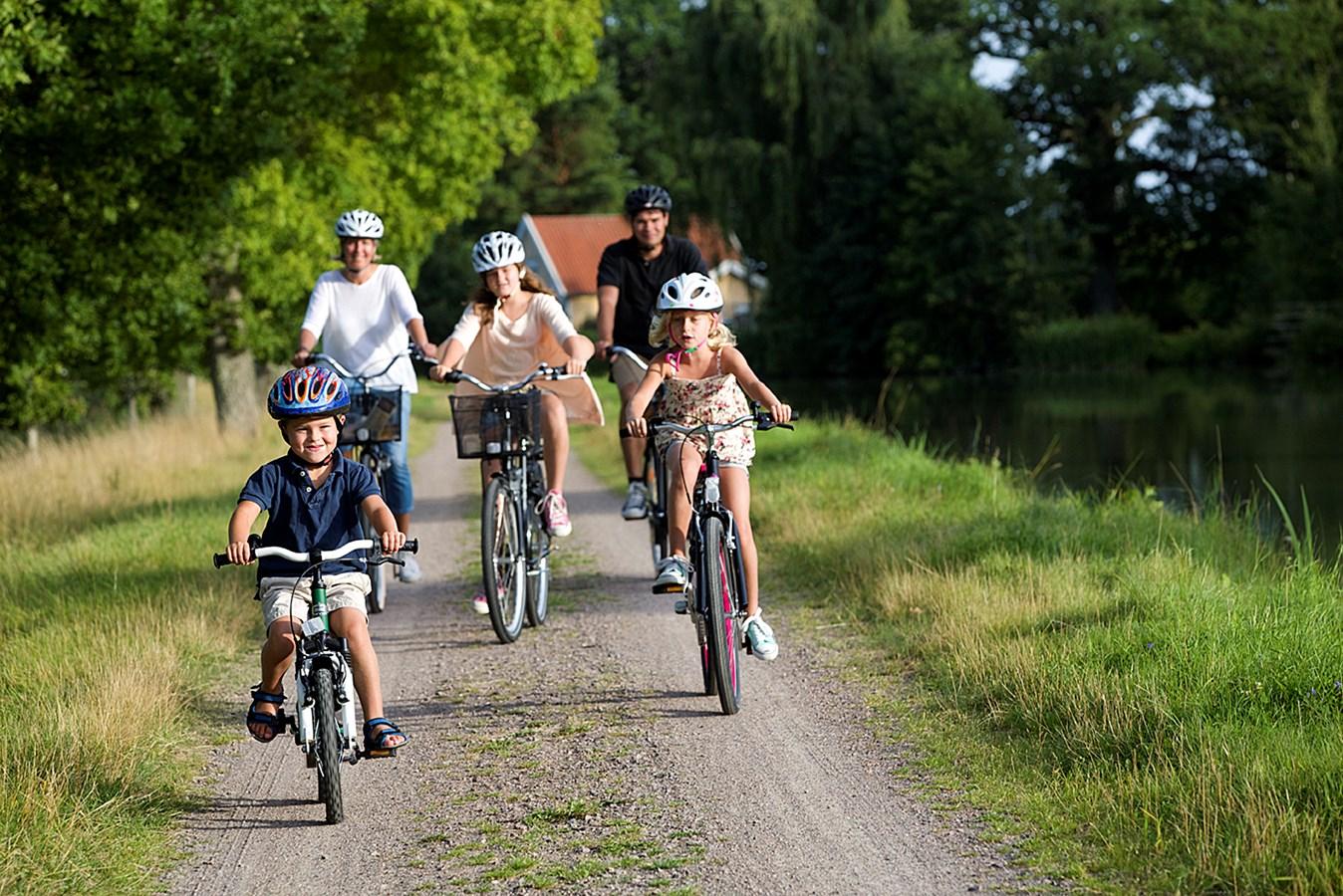 Familjeävantyr längs Göta kanal cykelpaket