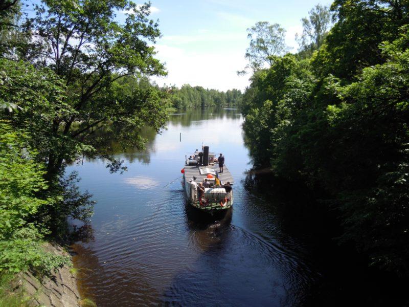 Boat on Strömsholm's canal2