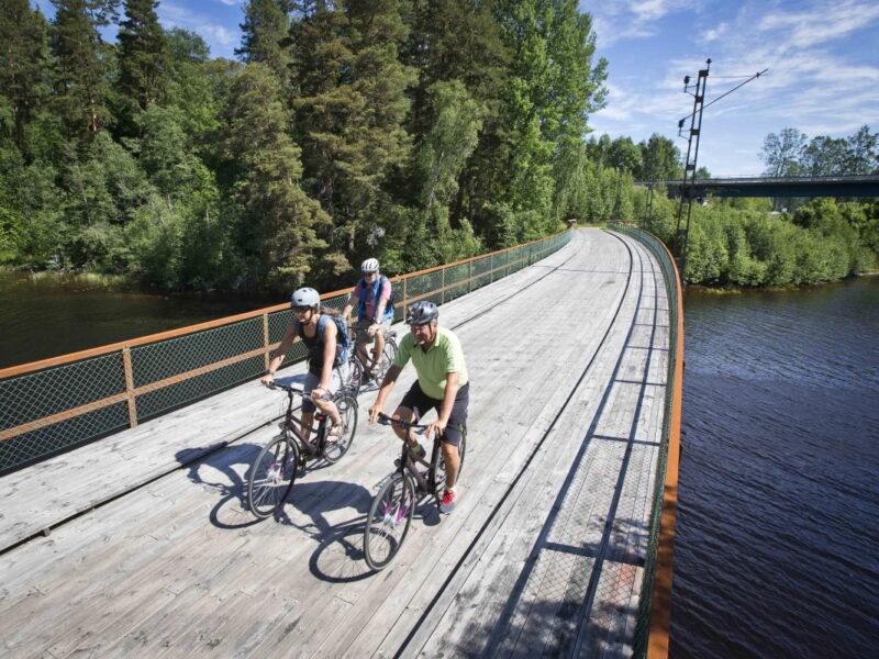 Cykla Klarälvsbanan längs vackra Klarälven_2