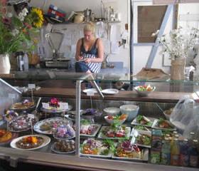 Rosenhill Café & Musteri