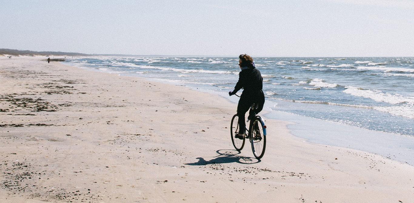 Cykla vid havet