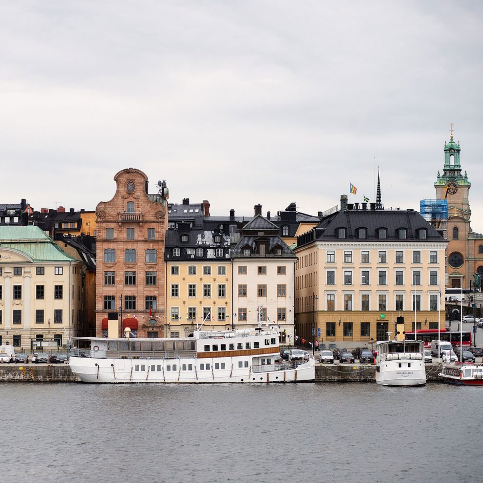 Stockholm-old-town-2