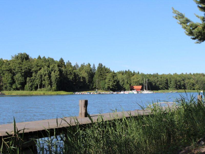 Marholmen-utsikt mot vattnet