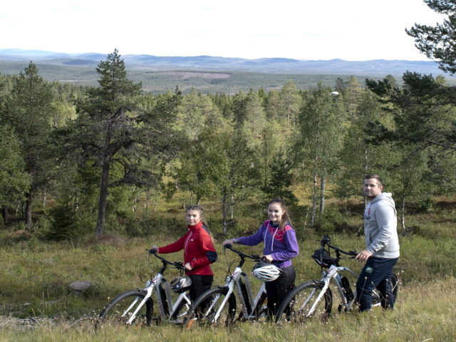 Cycle on top of Värmland_Långbergets Sporthotell