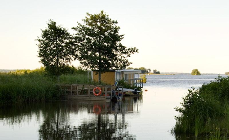 Kungsörstorp at Lake Mälaren