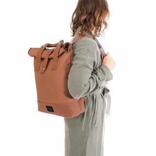 City Backpack Cognac model shoulder