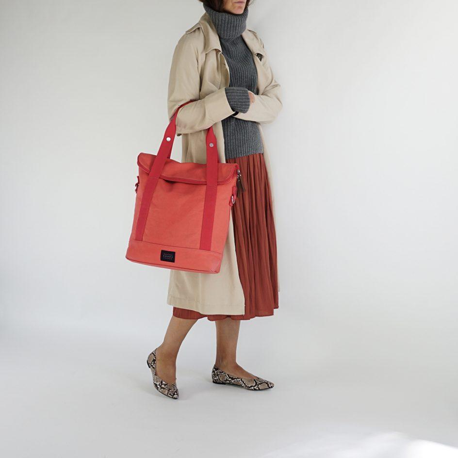 City Tote Coral bicycle bag handle wb