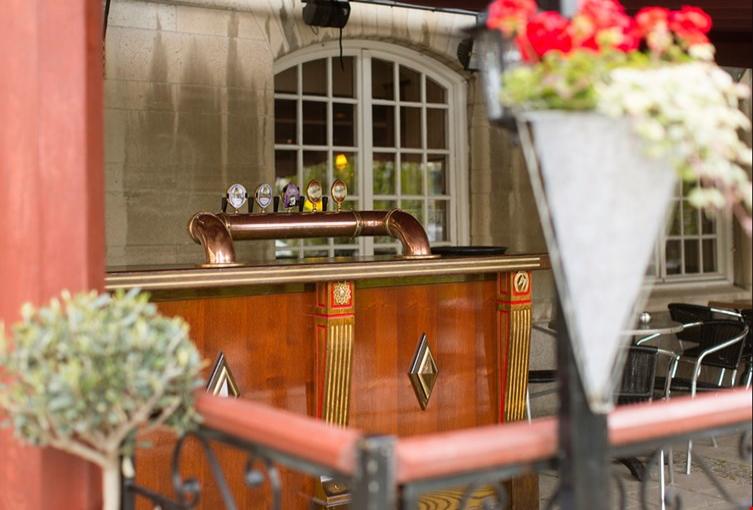 elite city hotel-vasteras_pub-the-bishops-arms_uteservering
