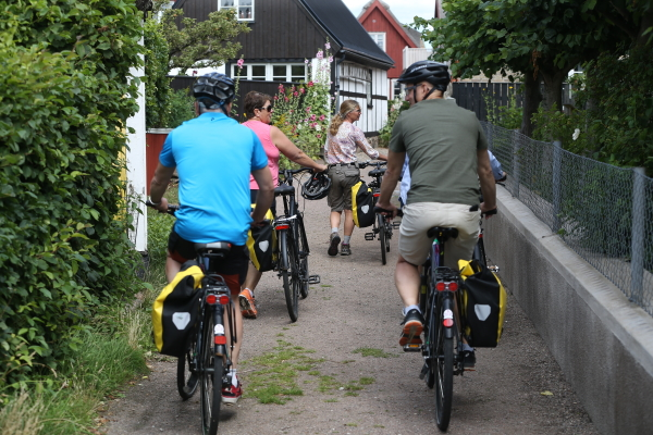 Cycling The Green Guide