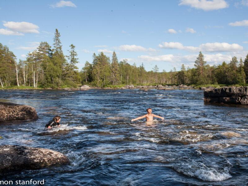 Swim in Gimån. Elliot Stanford and Dag Scheele
