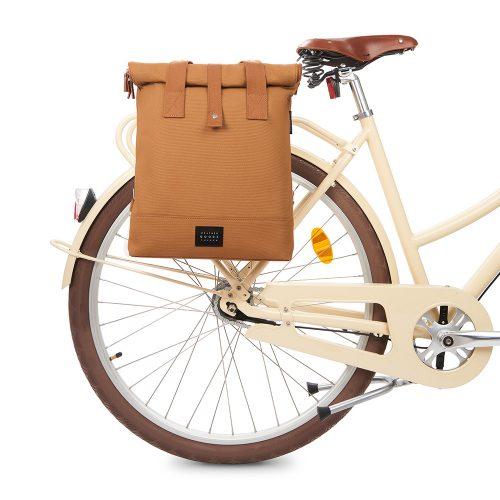 City Bikepack - cognac - bike front