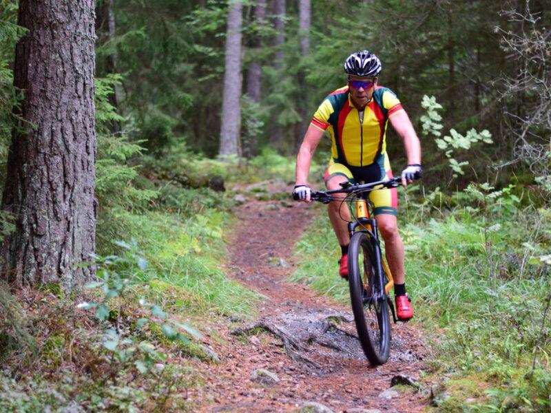 Cykla MTB i Gånsta Enköping2