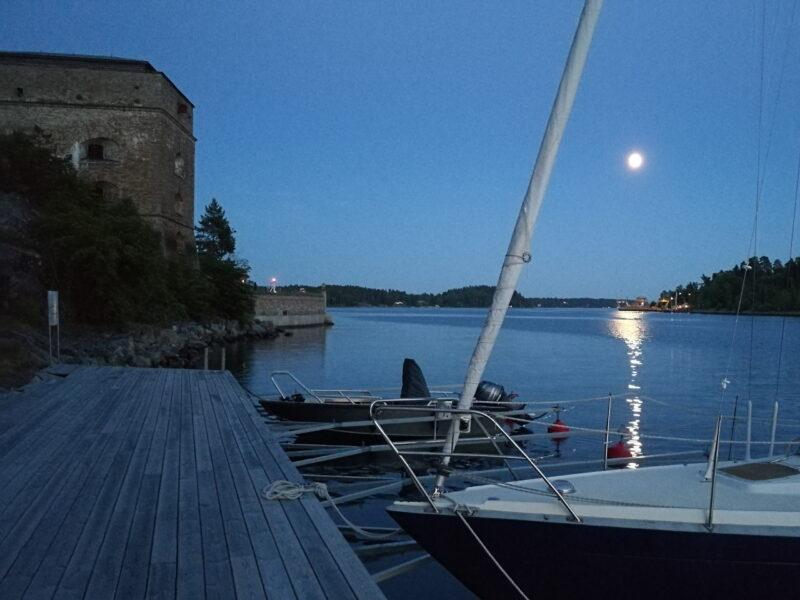 Gästbrygga vid Fredriksborgs Hotell